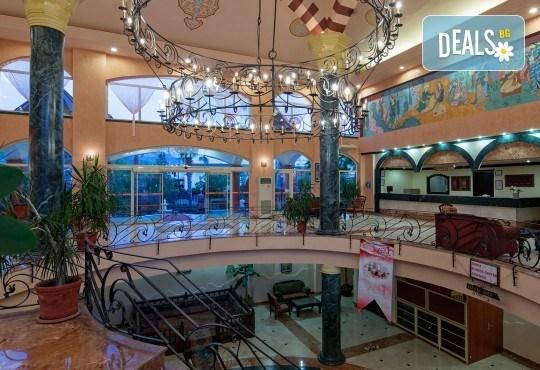 Лятна почивка в Анталия с директен чартърен полет от София! 7 нощувки на база All Inclusive в Larissa Sultan's Beach Hotel 4*, Кемер, самолетни билети и трансфери! - Снимка 6