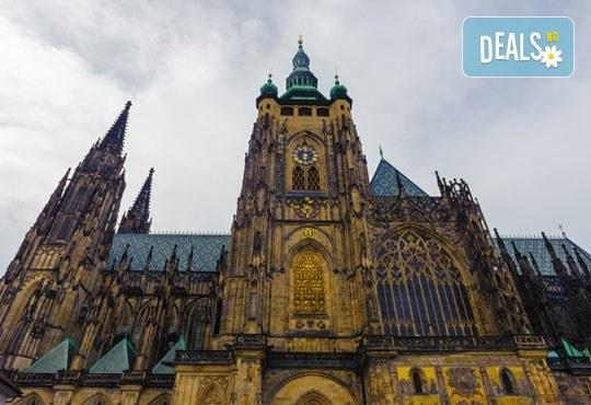 Екскурзия до Прага- сърцето на Европа, август или септември! 3 нощувки със закуски, транспорт, разходка в Бърно и възможност тур до Нитра и замъка Карлщейн - Снимка 7