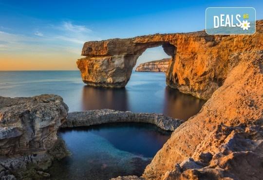 Екскурзия през октомври до слънчева Малта! 3 нощувки със закуски в хотел 3*, самолетен билет, трансфер и водач от агенцията! - Снимка 6
