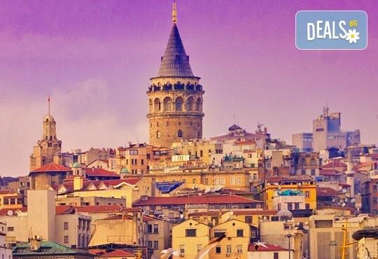 Златна есен в Истанбул! 3 нощувки със закуски в хотел 3*, транспорт, екскурзовод и възможност за посещение на Watergarden Istanbul и Via Port Venezia - Снимка 2