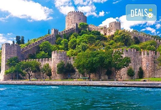 Златна есен в Истанбул! 3 нощувки със закуски в хотел 3*, транспорт, екскурзовод и възможност за посещение на Watergarden Istanbul и Via Port Venezia - Снимка 4