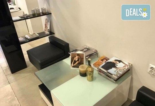 Масажно измиване с професионални продукти, подстригване и оформяне на прическа със сешоар в Art Hair Galerie! - Снимка 8