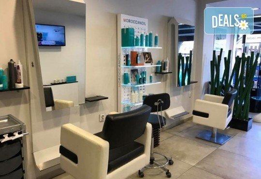Масажно измиване с професионални продукти, подстригване и оформяне на прическа със сешоар в Art Hair Galerie! - Снимка 4