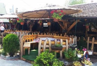 Уикенд почивка Лесковац, Сърбия, през юли! 1 нощувка със закуска и вечеря с жива музика и неограничени напитки в хотел Грош 2*, възможност за транспорт - Снимка