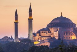Екскурзия през лятото до космополитния Истанбул с Глобул Турс! 2 нощувки със закуски в хотел 3*, транспорт и водач! - Снимка