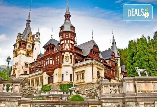 """Last minute! Екскурзия до Румъния през юни - 2 нощувки със закуски в хотел 2/3* Синая, транспорт, панорамен тур в Букурещ и посещение на замъка """"Пелеш"""", Бран и Брашов - Снимка 4"""