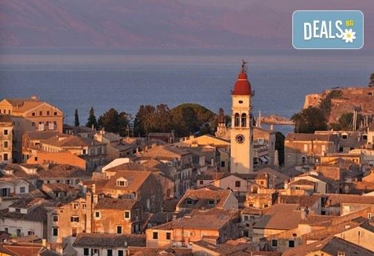 Септемврийски празници на остров Корфу, Гърция! 3 нощувки със закуски в Popi Star Hotel 2*, транспорт и водач - Снимка 6