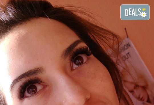 Диамантени мигли - хит за 2018! Поставяне на мигли косъм по косъм на супер цена + подарък карта за солариум в MNJ Studio - Люлин! - Снимка 5