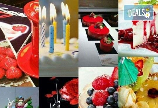 С нежен вкус на целувка! Хрупкава бяла торта с целувки от сладкарница Лагуна! - Снимка 8