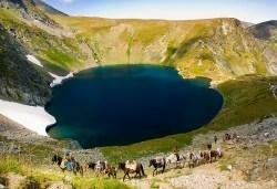 Еднодневна екскурзия до Седемте рилски езера! Транспорт и екскурзовод от Глобул Турс! - Снимка