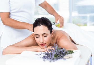 Релаксиращ или тонизиращ масаж на цяло тяло с масла от лавандула и ментол + хидромасажна вана за стъпала с лавандулови соли в Senses Massage & Recreation! - Снимка