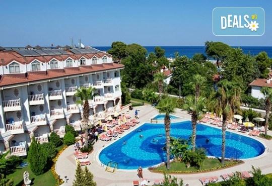 Last minute! Почивка в Кемер, Турция - 7 нощувки All Inclusive в хотел Larissa Sultan's Beach Hotel 4*, директен чартърен полет, летищни такси, багаж, трансфери - Снимка 1
