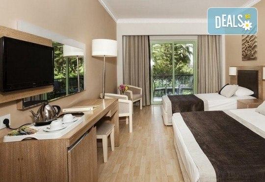 Last minute! Почивка в Сиде, Турция - 7 нощувки All Inclusive в хотел Larissa Stone Palace Hotel 5*, директен чартърен полет, летищни такси, багаж, трансфери - Снимка 6