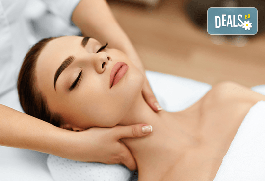 Кралски масаж на цяло тяло и глава, пилинг с перли и мускус и подмладяваща SPA терапия LUX с хайвер и колаген в Wellness Center Ganesha! - Снимка 2