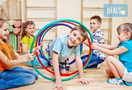 Образование и забавление в едно! Еднодневна или седмична лятна занималня в Учебен център Mathtalent! - Снимка 2