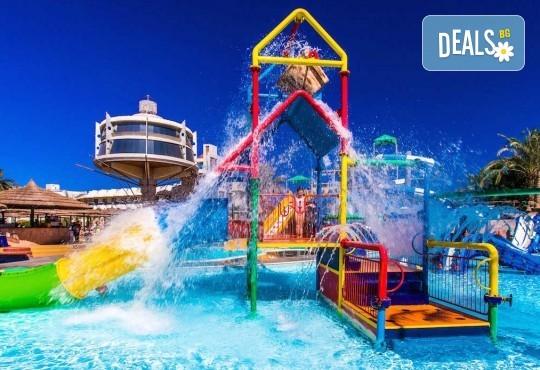 Почивка в Египет през есента! 7 нощувки на база All Inclusive в Seagull Beach Resort 4*+ в Хургада, самолетен билет, летищни такси и трансфери - Снимка 24