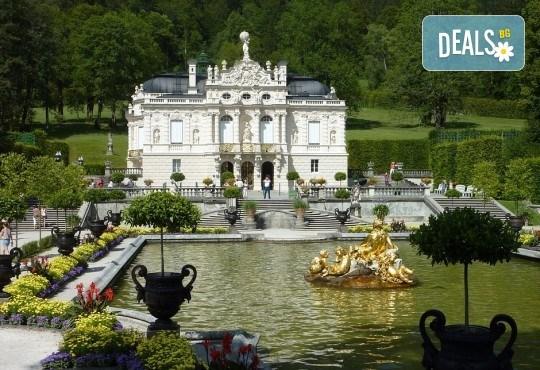 Екскурзия през септември до приказните Баварски замъци! 5 нощувки със закуски в хотели 2*/3*, транспорт, панорамни обиколки на Любляна и Инсбрук и посещение на замъка Блед! - Снимка 5