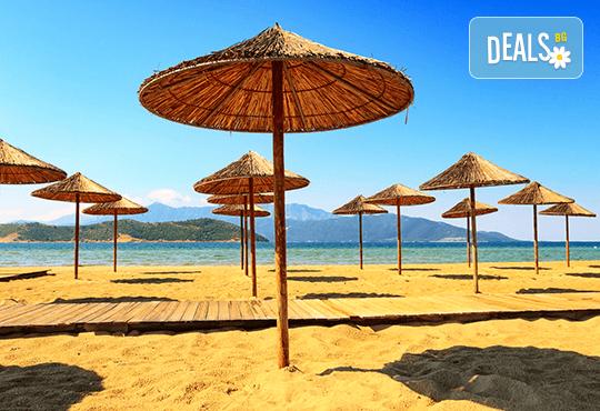 На плаж за 1 ден в Керамоти, Гърция: транспорт, екскурзовод и програма в Кавала
