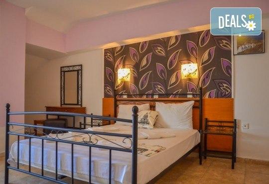 Мини почивка за Септемврийските празници на о. Тасос! 3 нощувки със закуски и вечери в Ellas Hotel 2*, транспорт, посещение на Кавала и Драма! - Снимка 12