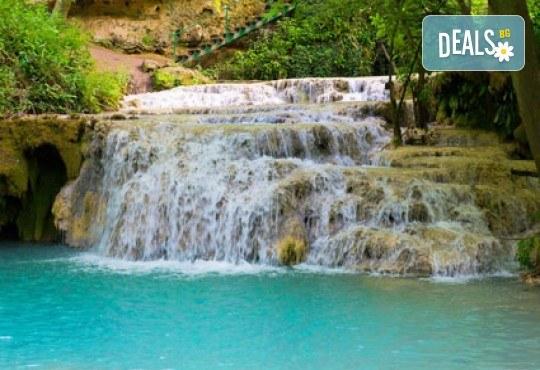 За 1 ден, Деветашка пещера, Крушунски водопади, Ловеч: транспорт и екскурзовод