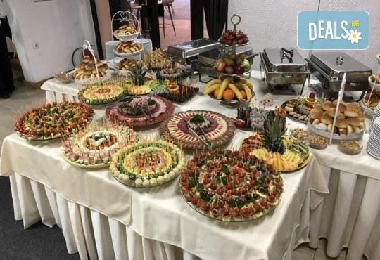 Септемврийски празници в Охрид и Скопие, Македония! 3 нощувки със закуски и вечери в Hotel Riviera 3*, транспорт и екскурзовод! - Снимка 12