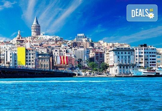 Уикенд в Истанбул, юли август: 2 нощувки със закуски, транспорт и бонус програма