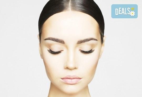 За перфектно оформени черти! Перманентен грим на вежди в New Faces Beauty Studio! - Снимка 3
