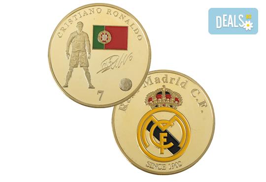 Сувенирна позлатена монета с Роналдо или Меси от Martbg.com