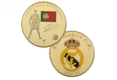 За феновете на Роналдо и Меси! Сувенирна позлатена монета с един от най-популярните футболисти на Световното първенство по футбол 2018 от Martbg.com! - Снимка