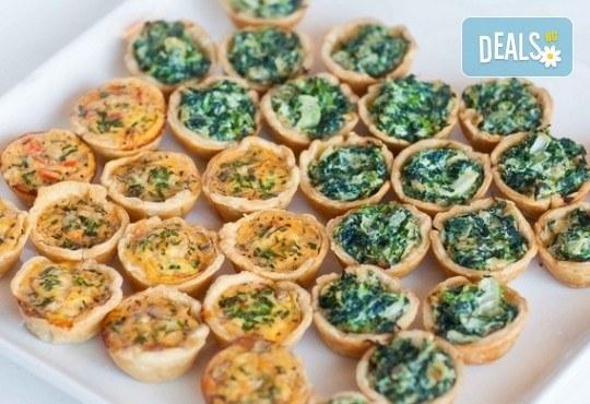 За Вашето събитие! Вземете 60, 100 или 150 солени хапки по избор от CreatEvents Кетъринг! - Снимка 11