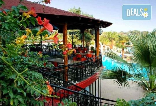 На плаж на Олимпийската ривиера в Гърция! Уикенд екскурзия, 1 нощувка със закуска и вечеря в хотел Orfeas Skotina, транспорт, застраховка - Снимка 8
