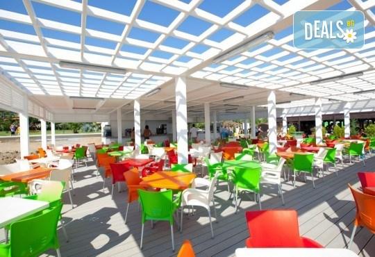 Почивка за Септемврийските празници в Blue Paradise Side Hotel & Spa 4*, Сиде! 7 нощувки на база All Inclusive, ползване на турска баня, басейн, чадър и шезлонг, възможност за транспорт! - Снимка 8