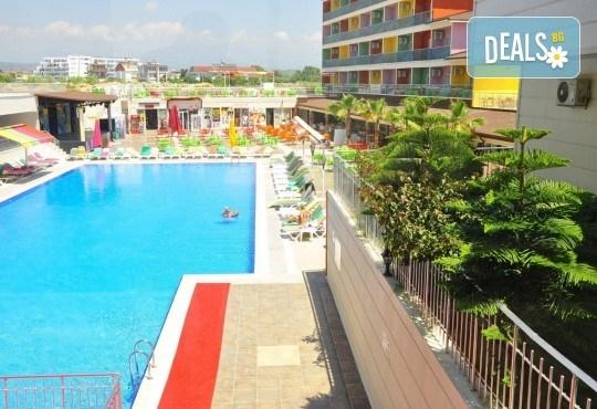 Почивка за Септемврийските празници в Blue Paradise Side Hotel & Spa 4*, Сиде! 7 нощувки на база All Inclusive, ползване на турска баня, басейн, чадър и шезлонг, възможност за транспорт! - Снимка 9