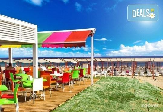 Почивка за Септемврийските празници в Blue Paradise Side Hotel & Spa 4*, Сиде! 7 нощувки на база All Inclusive, ползване на турска баня, басейн, чадър и шезлонг, възможност за транспорт! - Снимка 12
