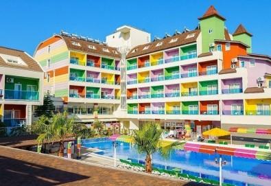 Изпратете лятото с почивка през септември в Blue Paradise Side Hotel & Spa 4*, Сиде, Турция! 7 нощувки на база All Inclusive, ползване на чадъри и шезлонги, турска баня! - Снимка