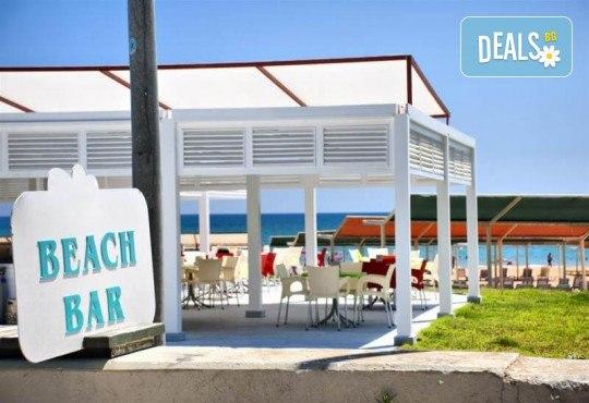 Изпратете лятото с почивка през септември в Blue Paradise Side Hotel & Spa 4*, Сиде, Турция! 7 нощувки на база All Inclusive, ползване на чадъри и шезлонги, турска баня! - Снимка 12