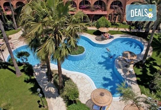 Луксозна почивка през септември в Green Paradise Beach Hotel 4*, Алания! 7 нощувки на база All Inclusive, ползване на чадър, шезлонг и турска баня! - Снимка 10