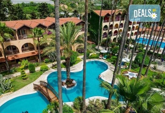 Луксозна почивка през септември в Green Paradise Beach Hotel 4*, Алания! 7 нощувки на база All Inclusive, ползване на чадър, шезлонг и турска баня! - Снимка 2