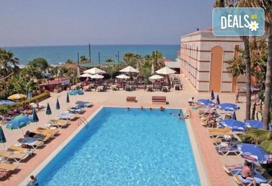 Луксозна почивка през септември в Green Paradise Beach Hotel 4*, Алания! 7 нощувки на база All Inclusive, ползване на чадър, шезлонг и турска баня! - Снимка 12