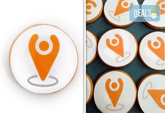 За фирми! Бисквити със снимка, лого или друг дизайн за корпоративни празници от Muffin House! - Снимка 2