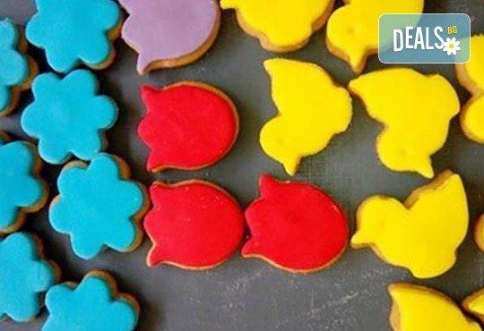 За децата! Сладък сет Детско партис 80 сладки асорти: цветенца, пеперуди или колички, шоколадови топки, мъфини, еклери с крем за детски рожден ден от Muffin House! - Снимка 7