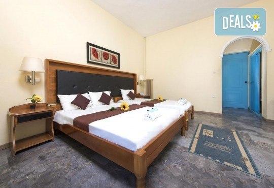 Мини почивка на остров Корфу, септември, със Запрянов Травел! 3 нощувки със закуски и вечери в Potamaki Beach Hotel, възможност за организиран транспорт - Снимка 9