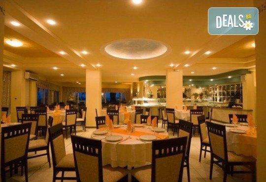 Мини почивка на остров Корфу, септември, със Запрянов Травел! 3 нощувки със закуски и вечери в Potamaki Beach Hotel, възможност за организиран транспорт - Снимка 11