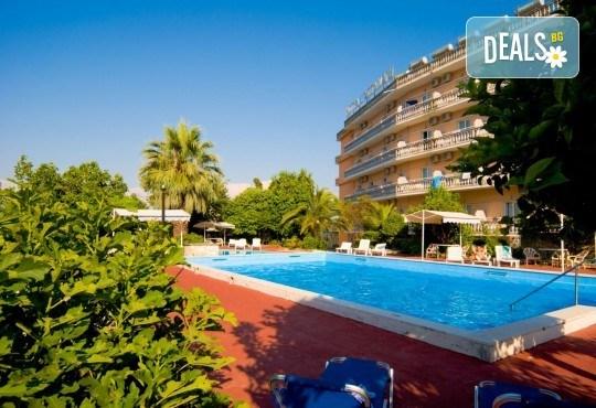 Мини почивка на остров Корфу, септември, със Запрянов Травел! 3 нощувки със закуски и вечери в Potamaki Beach Hotel, възможност за организиран транспорт - Снимка 6