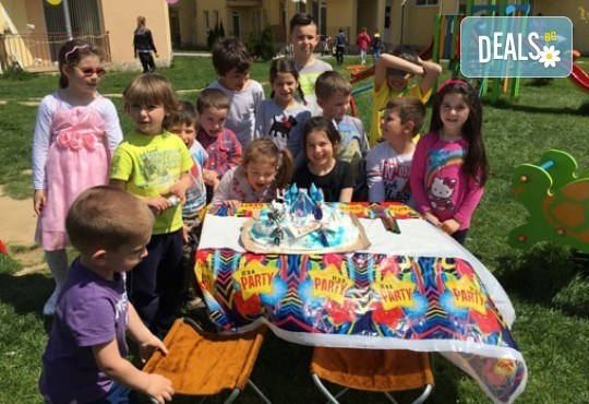 Вече и във Варна и Бургас! DJ-аниматор и озвучаване за детски рожден или имен ден и подарък: украса от балони! На избрано от Вас място! - Снимка 9