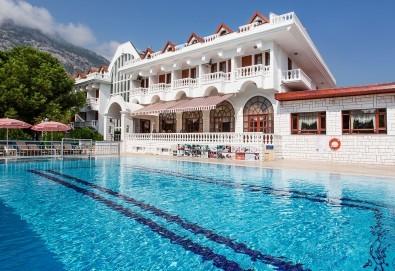Почивка в Кемер, Анталия, хотел Larissa Mare Beach 4*: 7 нощувки на All Inclusive, възможност за чартърен полет София - Анталия - София и трансфер до хотела - Снимка
