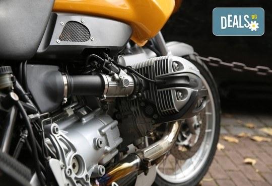 Смяна на масло, маслен и въздушен филтър и преглед на техническото състояние на мотоциклет или автомобил в Car's Point Auto Moto Service! - Снимка 2