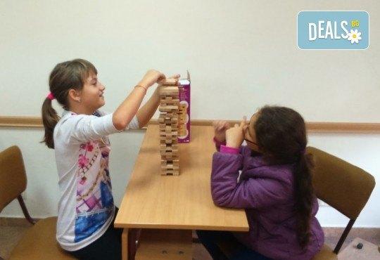 1, 2 или 3 индивидуални урока по английски език за възрастни или деца в Учебен център Mathtalent! - Снимка 5
