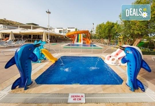 Почивка в Бодрум през октомври със Запрянов Травел! 5 нощувки на база All inclusive в Anadolu Hotel 4*, възможност за организиран транспорт - Снимка 7
