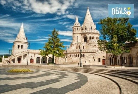 Екскурзия през август до красивите Будапеща и Виена! 3 нощувки със закуски в хотели 2*/3*, транспорт, посещение на Белград и мол във Виена! - Снимка 9